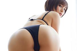 エロ尻が魅力のGカップグラドル朝比奈祐未がガチエロな新作DVDを出すぞ!