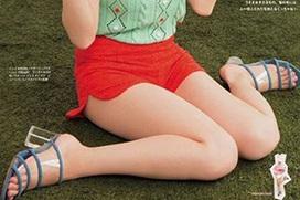 吉岡里帆、女性誌で最新グラビア公開!まっ白な太もも、たまんねえええ!(※水着エロ、キャプ画像53枚)
