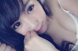森咲智美(21) 色白美乳が最高な自撮り画像×38