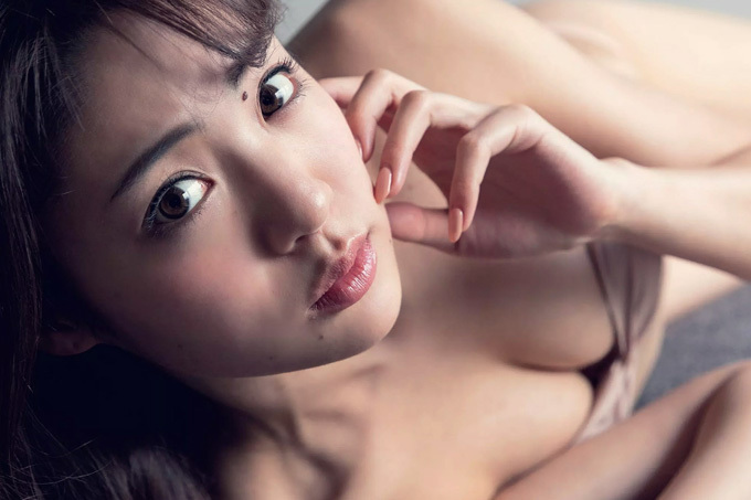 志田友美 かわいさとセクシーさと純粋さと…新時代のグラビア界の頂点!