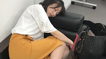 【画像】宇垣美里アナのプライベートお尻画像wwwwwプリケツがでか過ぎてワロタwwwww
