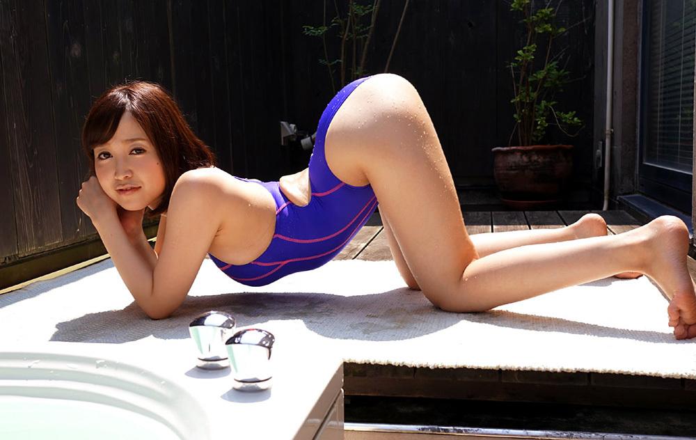 篠田ゆう 水着 画像 19