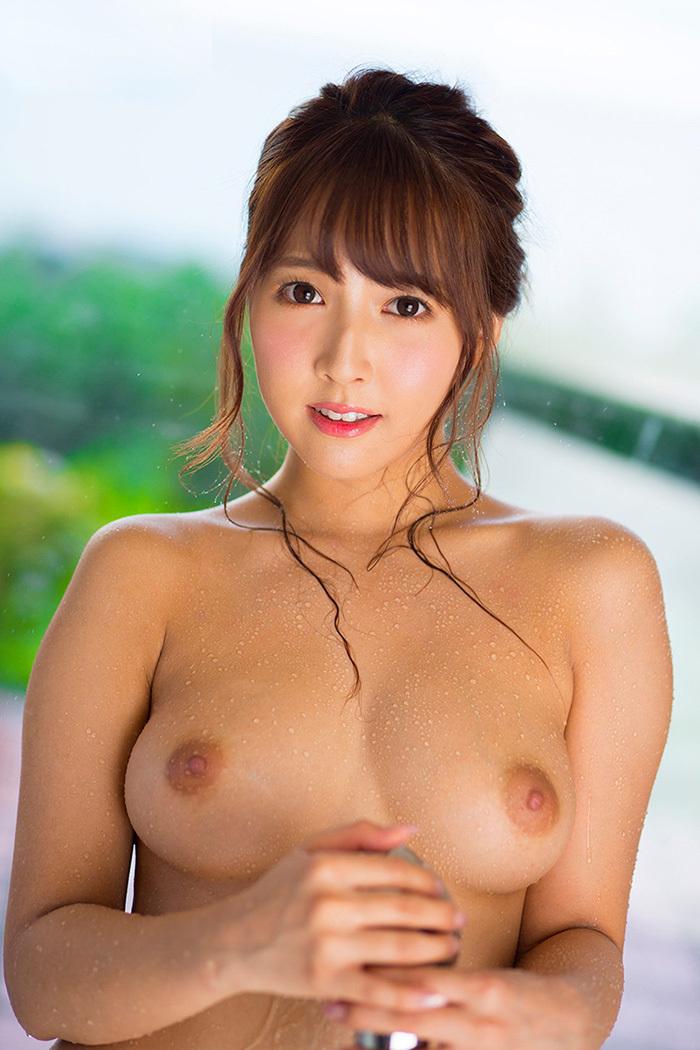 三上悠亜 画像 9