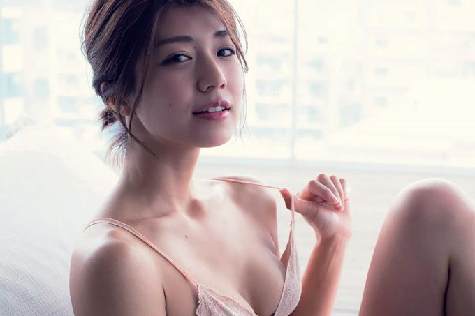 藤木由貴 芸術的な美しさのマーメイドライン。