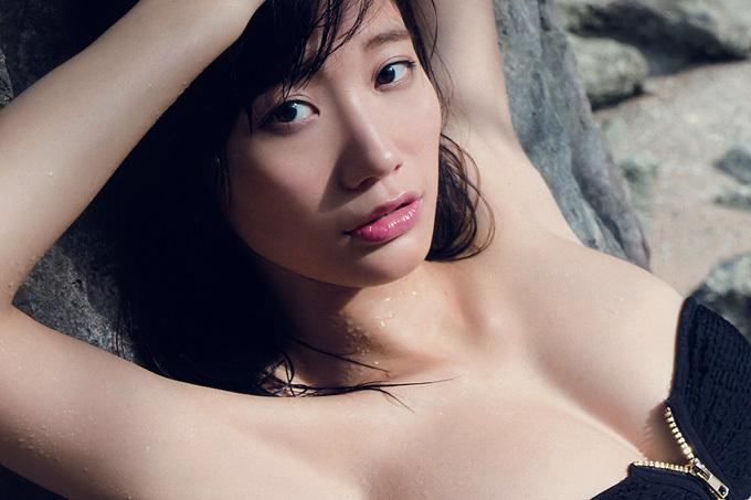小倉優香 もうすぐデビュー1周年。勢いは止まらない!