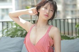 【小倉優香の乳房がGカップ乳】(巨乳・8頭身・水着)エロ画像60枚!