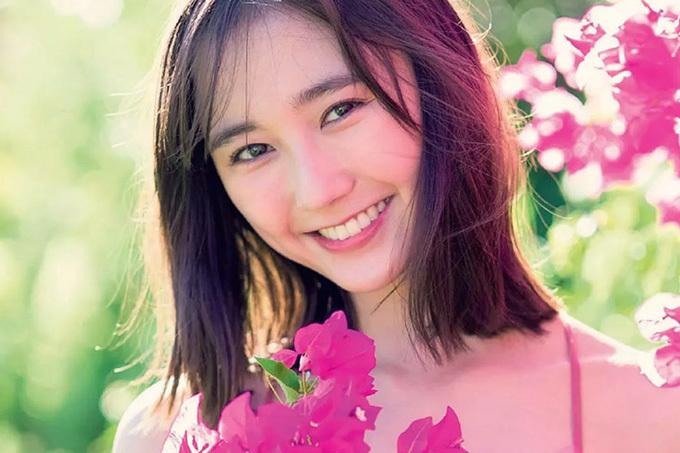 鈴木友菜 25歳の天使。