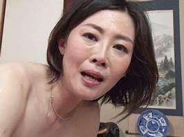 竹内梨恵(五十路)娘の主人を寝取って中出しを懇願する背徳マダム