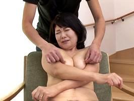 相葉昌子(五十路)痴態を見られて喜ぶ変態マダム