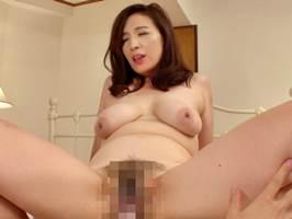 園田ユキ(四十路)若者の逞しいフル勃起に理性を失う垂乳マダム