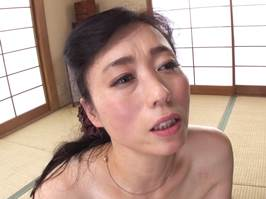 岡田智恵子(五十路)お婿さんとイケナイ肉体関係を結ぶ背徳マダム