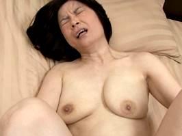 板倉幸江(五十路)ガン突き中出しピストンでイキ狂う垂乳マダム