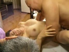 藤江由恵|ヘンリー塚本|夫とは一味違うマラにイカされてしまう主婦