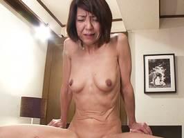 宮崎恵美子|五十路|夫への不満から浮気交尾に走るマダム