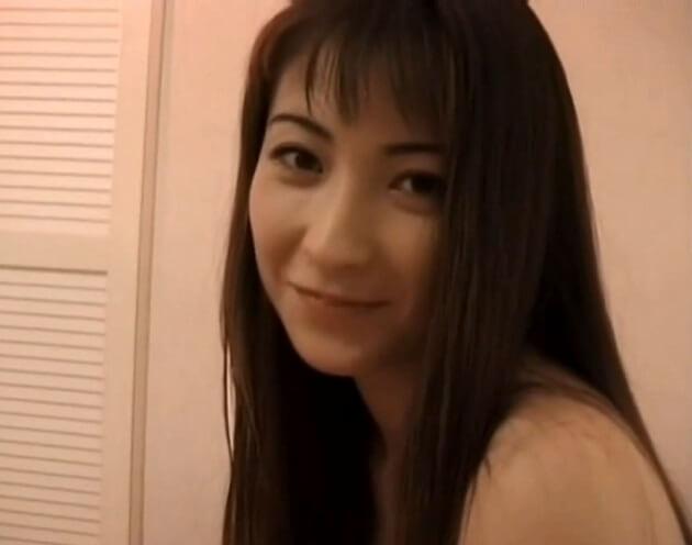 【光月夜也】10代後半の子持ちで30代とは思えないほど超美貌!さすがフェラテクでナンバーワンになった元ピンサロ嬢!