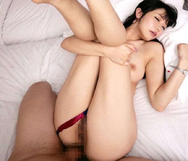 彼氏のために彼氏以外のチ〇ポを膣奥へ迎え挿れる女教師!エロテクを身につけるため浮気セックス!