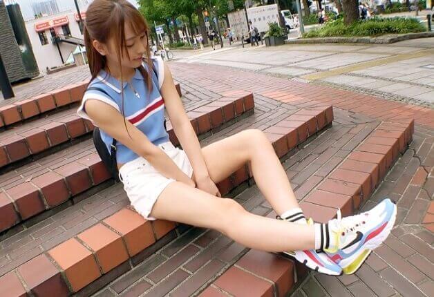【素人10代】渋谷1〇9の超絶可愛いくキュッと引き締まったスレンダーなボディのショップ店員とハメ撮り《愛瀬るか》