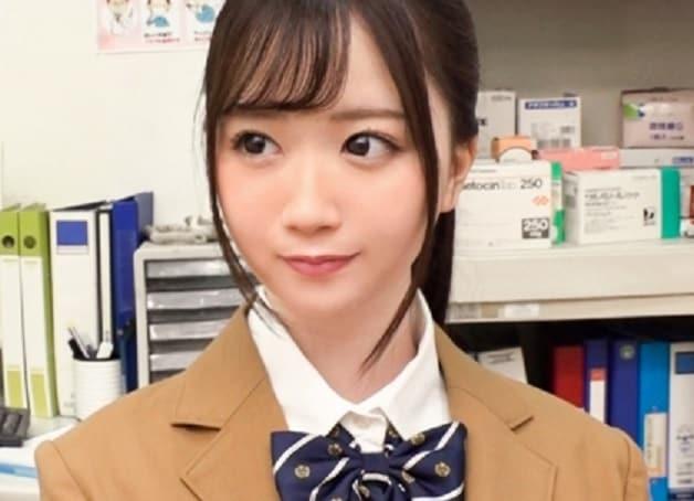 【素人女子校生】乃木坂や欅坂にいそうなアイドル顔の制服姿の美少女JKを円をエサにハメ撮り《古賀みなみ》