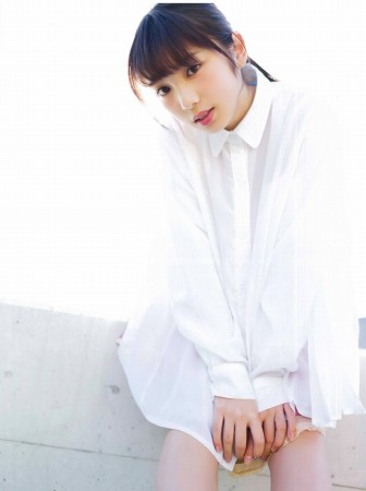 与田祐希の画像017