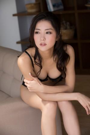 石川恋の画像042