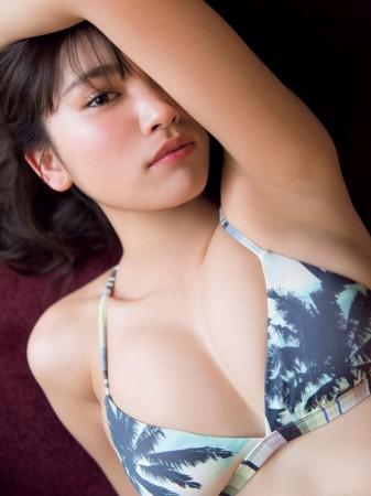 久松郁実の画像003