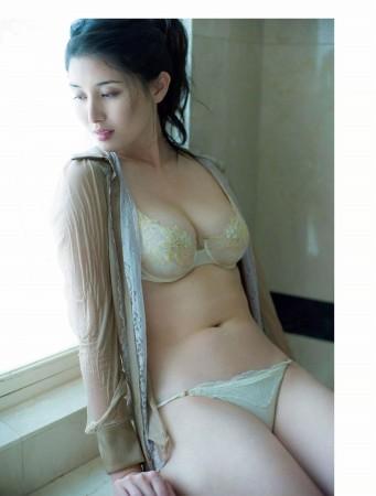 橋本マナミの画像029