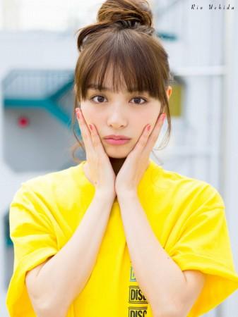 内田理央の画像024