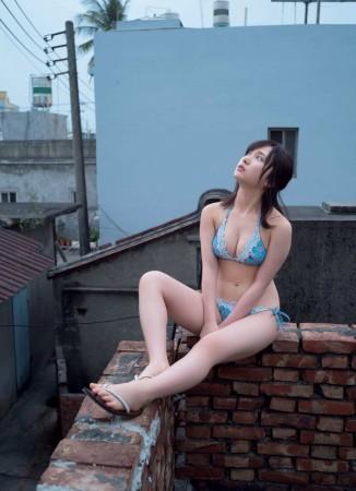 高橋朱里の画像016