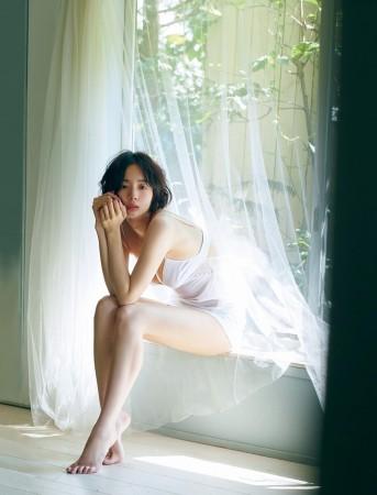 岡田紗佳の画像005