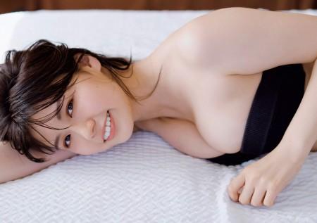 井口綾子の画像018