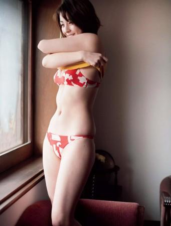 柳ゆり菜の画像028