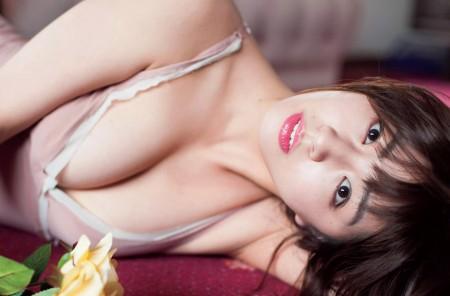 柳ゆり菜の画像030