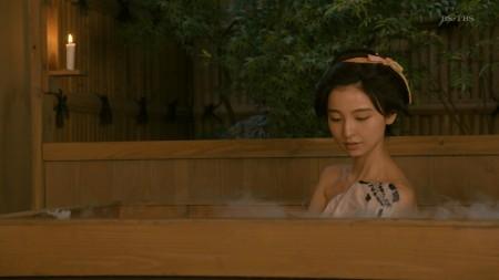 篠田麻里子の画像010