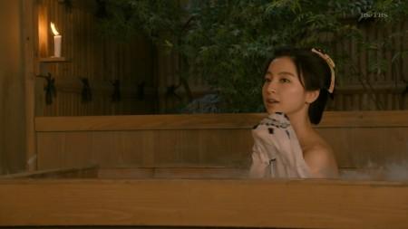 篠田麻里子の画像011