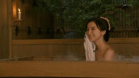 篠田麻里子の画像012