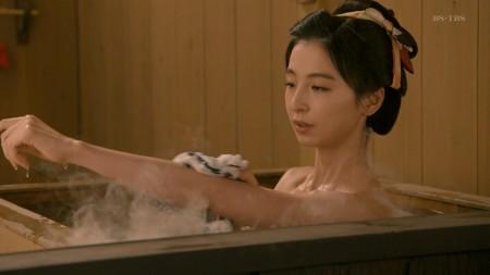 篠田麻里子の画像016
