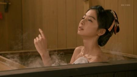 篠田麻里子の画像017