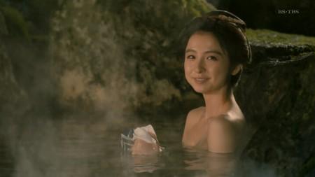 篠田麻里子の画像028