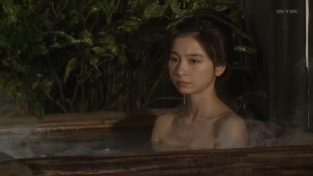 篠田麻里子の画像040