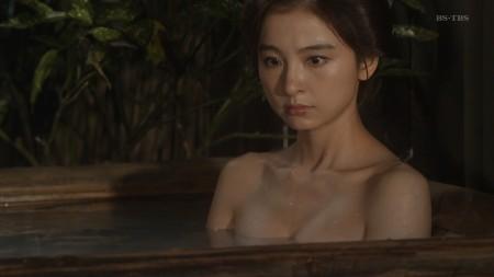 篠田麻里子の画像042