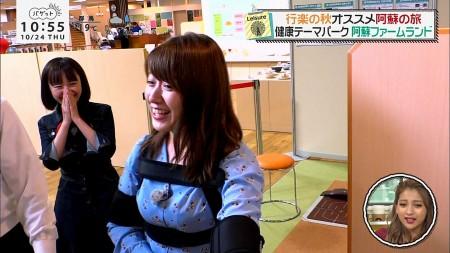 尾崎里紗アナの画像051