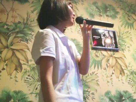 <個人撮影>カラオケを楽しむ現役ロリ女子校生!その場で生ハメ撮りを開始する美少女JKの流出映像<リベンジポルノ>