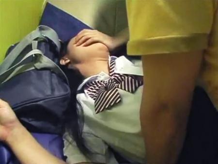 <個人撮影>真正ガチロリ女子校生のハメ撮り援交動画が流出!この美少女JKちゃんの人生終了www<援助交際>