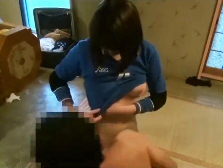 <個人撮影>美少女ロリな女子校生バレーボール娘の援助交際ハメ撮り!美爆乳な黒髪JKの映像が流出<リベンジポルノ>