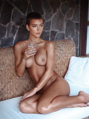 Rachel-Cook-020326 (8)
