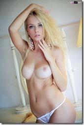 nude-020421 (4)