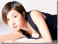 hirosue-ryouko-020615 (1)