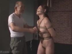 美女が鼻フック付けられて緊縛拘束され二穴玩具責めでマ●コとアナルを調教されてる - エロ動画・エロビデオネット|アダルト動画 - 200514-095717