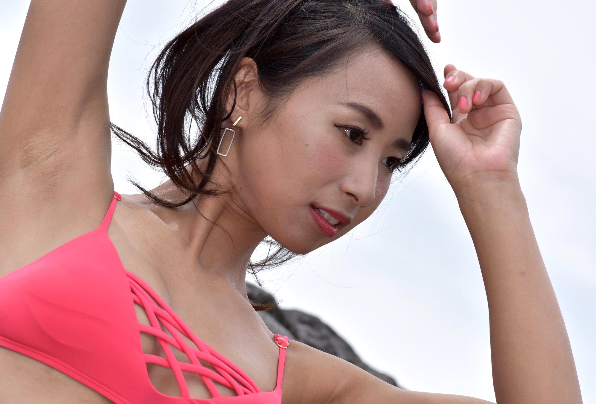 Azullyのザラ腋 (25)