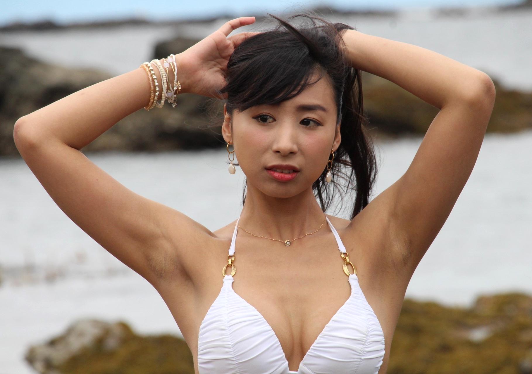 Azullyのザラ腋 (30)